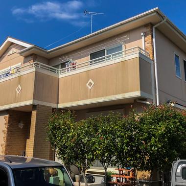 屋根・外壁塗装・シーリング(築年数 / 15年)の施工前写真(1枚目)