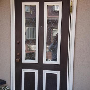 玄関ドア交換 LIXIL リシェントの施工前写真(1枚目)