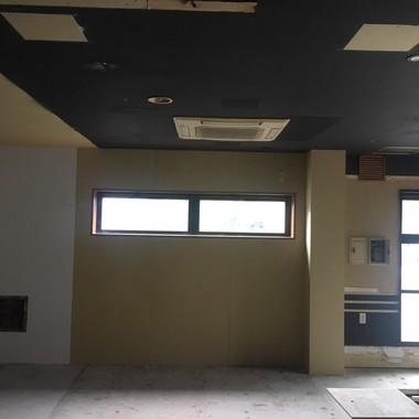 千葉市緑区【調剤薬局・新装工事】の施工前写真(1枚目)