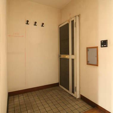 リノベーションマンションの施工前写真(1枚目)