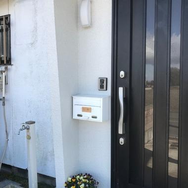 愛西市 玄関扉 リフォームの施工前写真(1枚目)