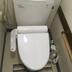 トイレ便器交換、床張替え工事の施工前写真(1枚目)