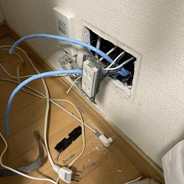 LAN配線工事の施工前写真(1枚目)
