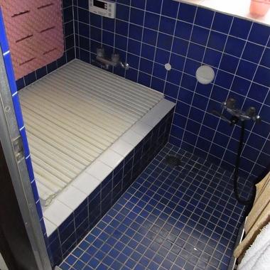 戸建住宅リノベーション前 浴室