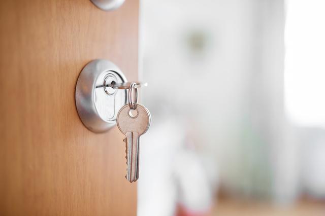 カギ 交換 | 鍵交換・取付の種類別 金額・費用相場とポイント