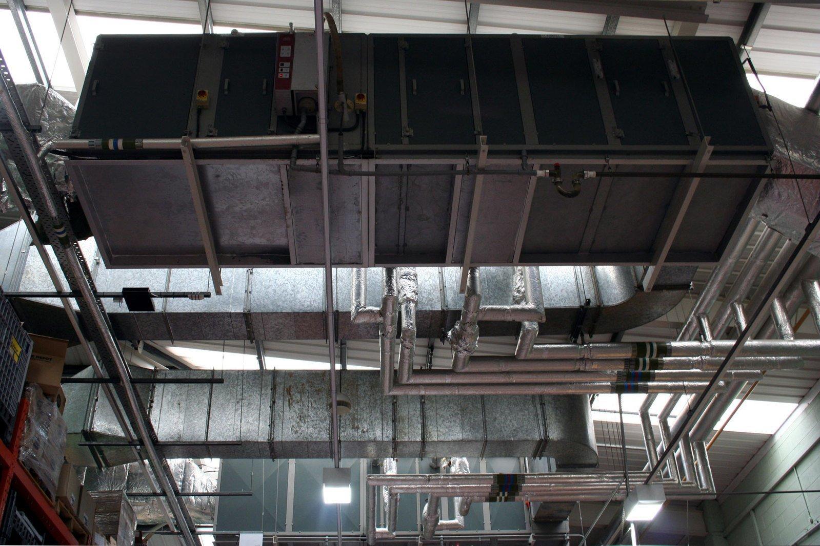 店舗 リフォーム | 空調工事の費用相場とポイント