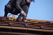 屋根工事・屋根修理の費用相場とポイント