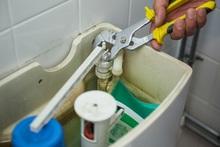 タンクの水が止まらない修理方法と料金相場