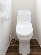 トイレの手洗い管が水漏れしたときの修理方法をご紹介! 原因も詳しく解説