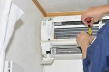 エアコン取り付けの費用相場と注意点を解説 修理の費用もご紹介します