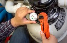 ガス工事を行うには資格が必要? ガス工事の費用や業者について解説