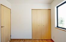ドアの種類と特徴を分かりやすく解説します!