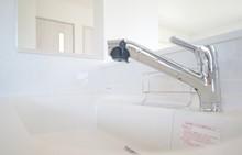 便利な最新キッチン水栓