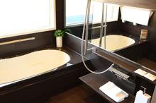 TOTO(トートー)のくつろぎと安全性を考慮したユニットバス(お風呂)、「サザナ」の特徴