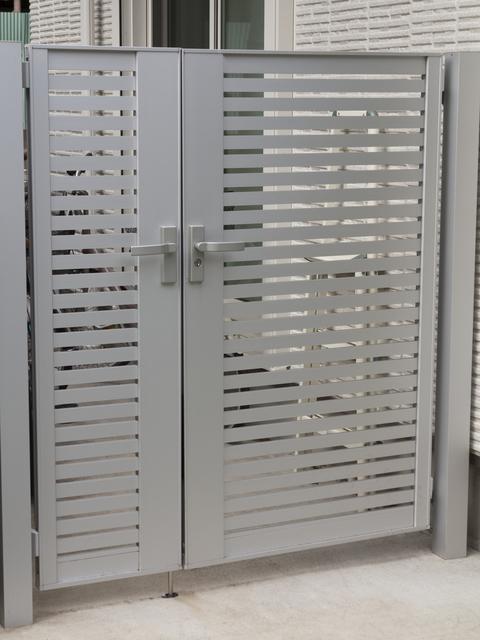 庭 リフォーム | 門扉の間取りと注意点