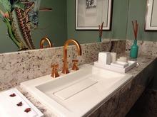 サンワカンパニーの洗面化粧台の特徴