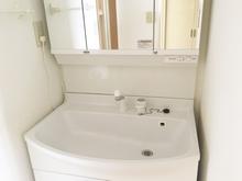 タカラスタンダードの洗面台の特徴は? 商品別に価格もご紹介します