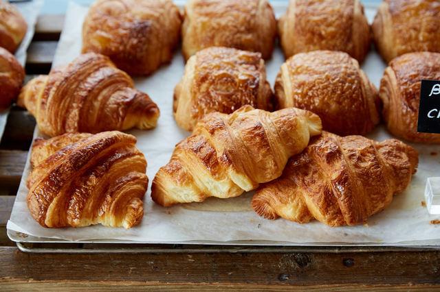店舗 リフォーム | 地元で人気のパン屋さんになるための内装デザインのコツ