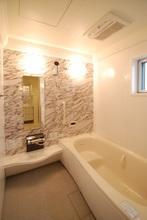 浴室の保温効果を高める機能や浴槽について