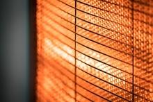 トイレの寒さ対策は壁掛け暖房がおすすめ! メリットと費用相場を解説