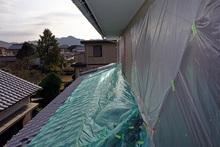 火災保険に入ってない方が台風などで被害に遭ったときにすべきこと