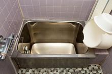 浴室を在来工法からユニットバスに交換リフォーム!古いお風呂を安心快適なユニットバスに