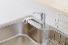 食洗機用の分岐水栓は自分で取り付けられる?DIYするときの注意点