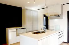 オープンキッチンのリフォーム費用や失敗しないポイントを詳しく解説!
